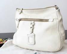 Borse in pelle e borse bianche, come pulirle con rimedi naturali