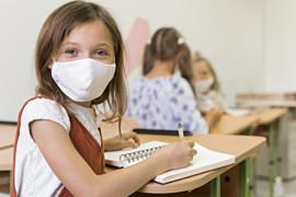 Test salivari per facilitare il rientro a scuola a settembre: cosa sono e come funzionano?
